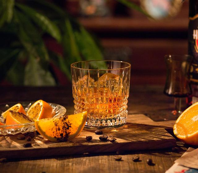 Recept na koktejl 7 Sips Orange and Coffee Havana Club