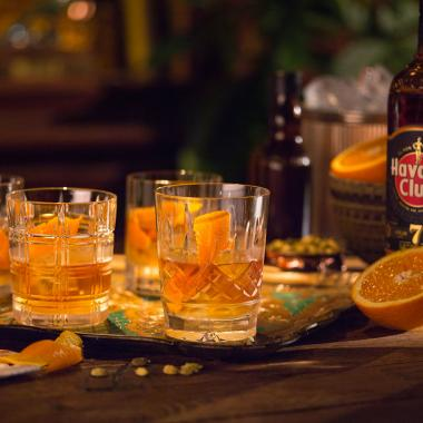 Recept na koktejl Rum Old Fashioned for many Havana Club