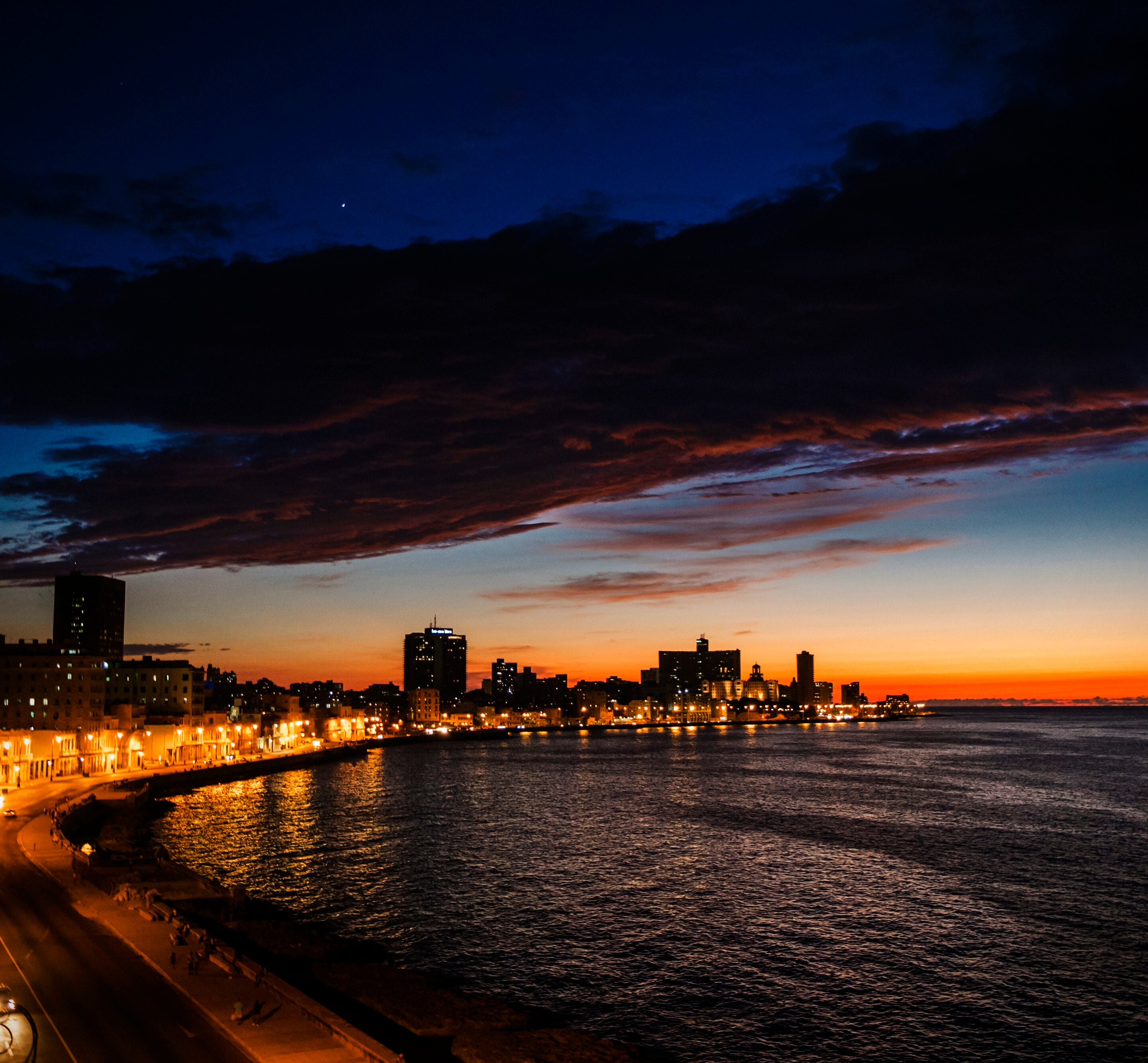 Havana by night Malecon