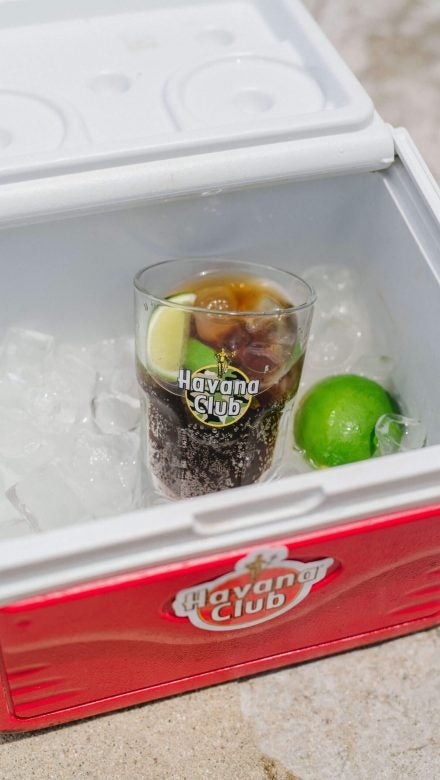 Havana Club mit Cola genießen